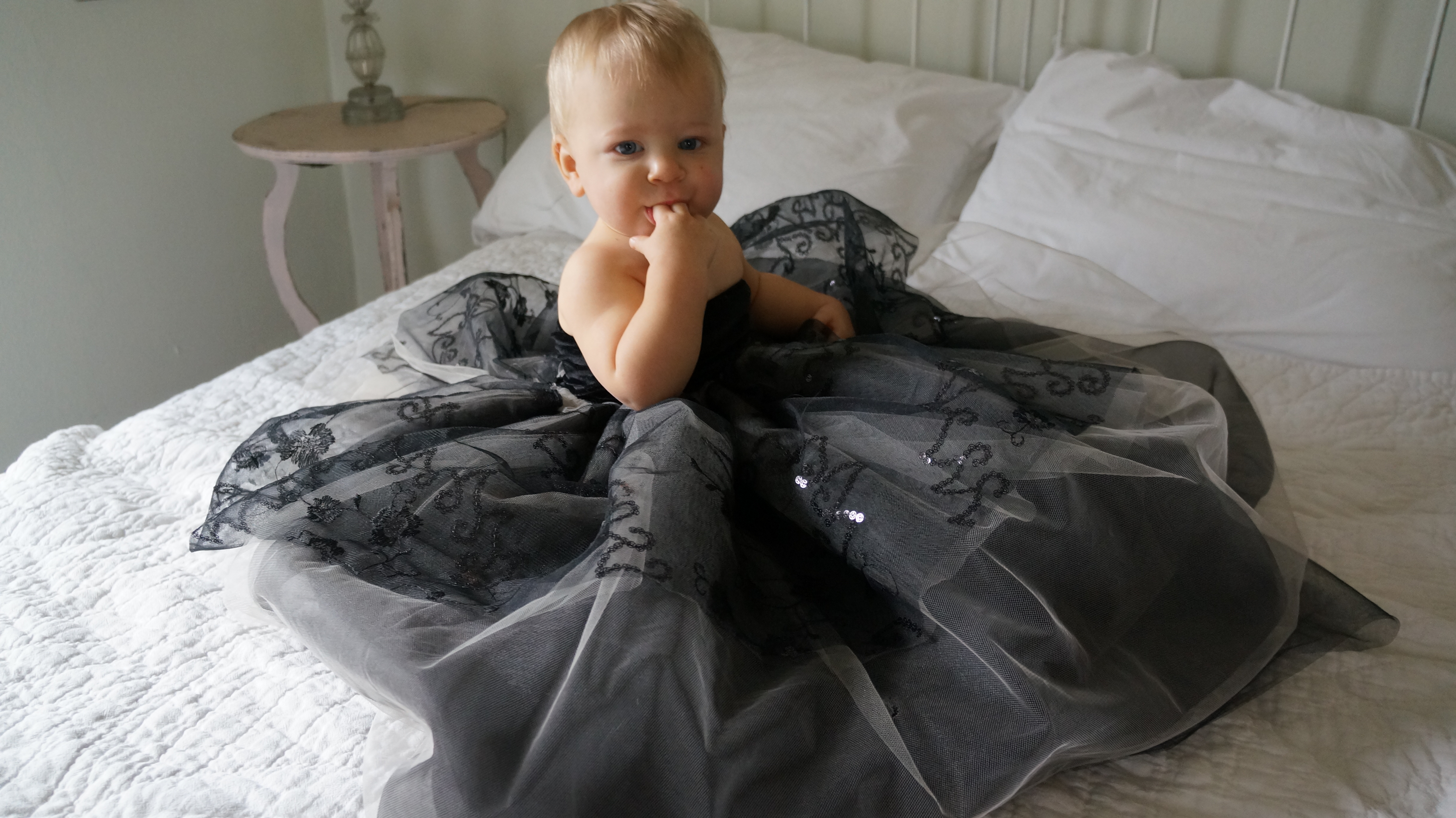 DIY Couture Baby Witch Costume – Part 1 – armourgirl